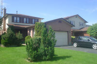 Detached house in Waterdown