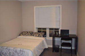 FEMALE ONLY- MONTH TO MONTH- ALL INCLUSIVE- SUMMER SUBLET London Ontario image 1