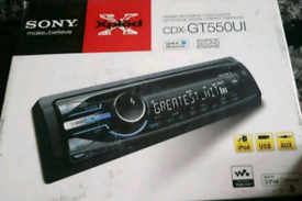 Sony CDX-GT55OUI compact disk player