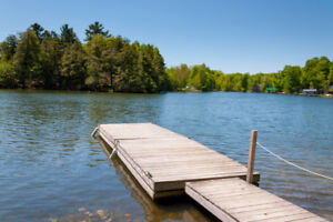 LABOUR D WK Sept.1-8 SAVE$500/wk Dog Lake Cot w/ Boat  A/C