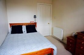 A lovely spacious double room in Streatham