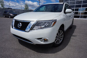 NISSAN PATHFINDER SL 2015 TECH PKG LIKE NEW 358$ MOIS 25995$