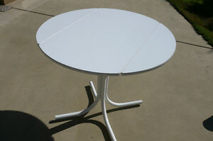 White Round Drop-leaf Table