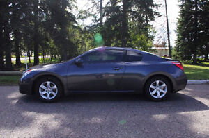 2009 Nissan Altima Coupe (2 door)