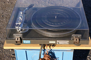 Toshiba SR-250 Turntable in excellent condition Kingston Kingston Area image 5