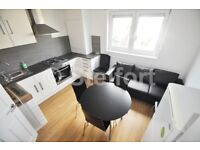 This 5 bedroom maisonette is located in the heart of Archway within moments walk to Archway tube