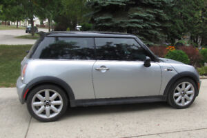 2004 MINI Mini Cooper S Hatchback