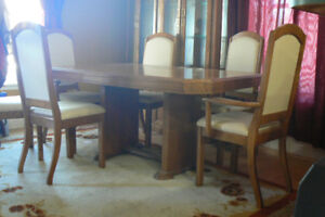 Best Offer Dining Room Table, Chairs & Cabinet