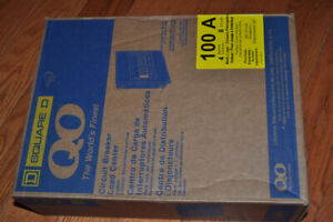 SQUARE D 100 amp 4-space load center, NEW in box