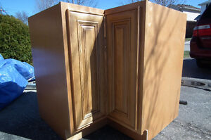 Get a great deal on a cabinet or counter in kitchener - Kitchen designers kitchener waterloo ...