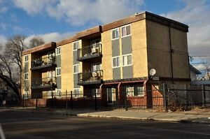 3 bedroom - 2 balcony suite in Family Building - Riversdale