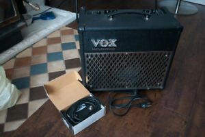 Guitar amplifier - Vox Valvetronix AD15VT with foot pedal