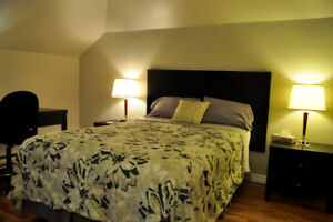 3 chambres tout inclus!  All included, all furnished 3 bedroom!