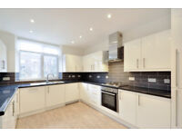 4 bedroom flat in Finchley Road, St Johns Wood, NW8