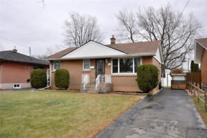 WONDERFUL 3 bdrm Main Floor Unit of Bungalow - Hamilton Mountain
