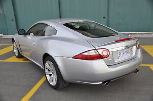 2007 Jaguar XK8 Coupe (2 door)