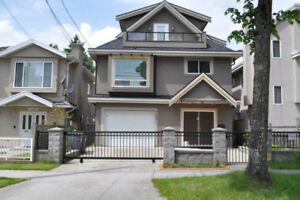 House for sale Vancouver, $2,995M; lot 3300; 1 owner, 6 y.old