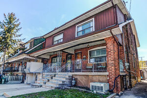 Great Investment Opportunity in Corso-Italia Neighbourhood!