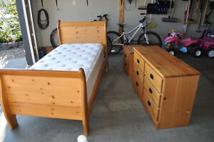 Natural Wood 3PC Twin Bed Set w/ Mattress and Box Spring