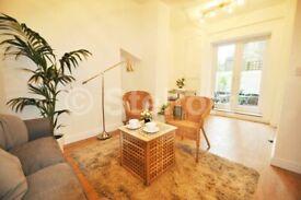 2 bedroom flat in Junction Road, London N19