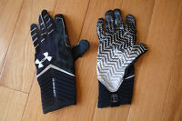 Under Armour Football Gloves - Size medium BRAND NEW!
