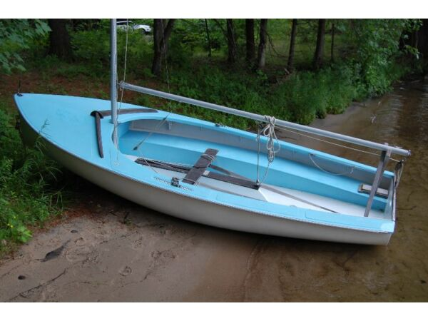 Used 1980 Other Albacore Sailboat