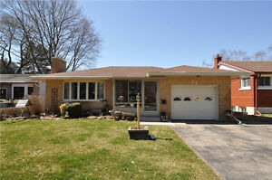 Beautiful Bungalow In Sought After Area