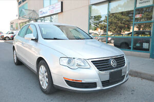 2010 Volkswagen Passat 2.0L TURBOCHARGED 4 Door,Sedan