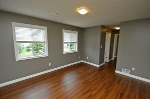 House - 2BR Executive Suite in Shakespeare-SEE OPEN HOUSE HOURS Stratford Kitchener Area image 8