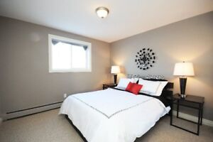 Crew Accommodations SLEEPS 4! FURNISHED ... Move-in NOW!