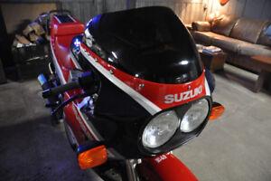 1986 SUZUKI GSX-R1100