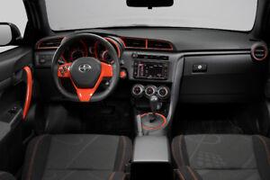 2015 Toyota Autre orange et noir Coupé (2 portes)