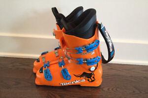 Bottes de ski TECNICA pour junior