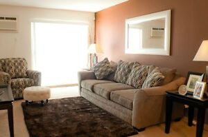 2 Bedoorm in Willowgrove w/ In-Suite Laundry + A/C + Dishwasher!
