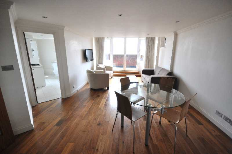 Spectacular 2 double bedroom 2 bathroom apartment with 24 hour porter in the heart of St Johns Wood*
