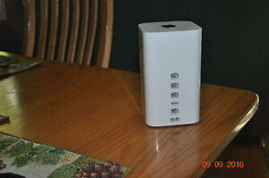 AirPort Extreme Router