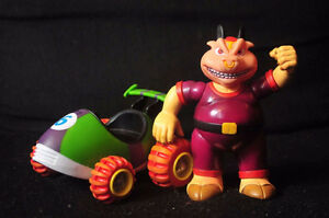 △ Vintage Nintendo  Wiz Pig and Diddy Kong Racing Kart