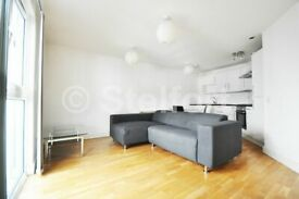 1 bedroom flat in High Road, London, N22