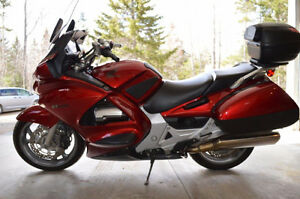 2008 Honda Sports Touring ST 1300 Mint Condition