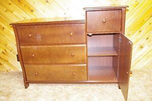 Dresser Stratford Kitchener Area image 2