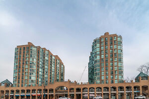RARE FIND WITH THIS 15TH FLR UNIT! GREAT VIEWS OF WATERFRONT!