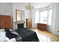 A spacious double room situated in a luxury Shepherds Bush houseshare, bills included, no deposit