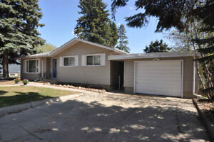 Fully Renovated House in St. Albert with in-law suite