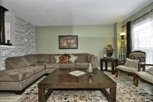 Beautiful 3 Bed 2 bath with Finished Basemnt House For Sale Cambridge Kitchener Area image 6