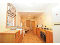 Lovely two bedroom flat in Hammersmith!