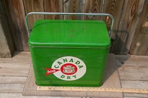Canada Dry Antique Cooler / ice chest