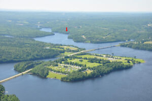Waterfront Cottage for Rent Fredericton (on Saint John River)