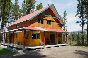 Astlais House rent short term 15 minutes from Smithers