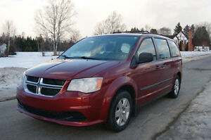 2011 Dodge Grand Caravan SE so nice 7 passenger Minivan, Van