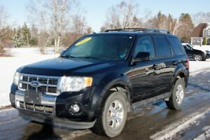 2012 Ford Escape Limited, IMMACULATE CONDITION!!